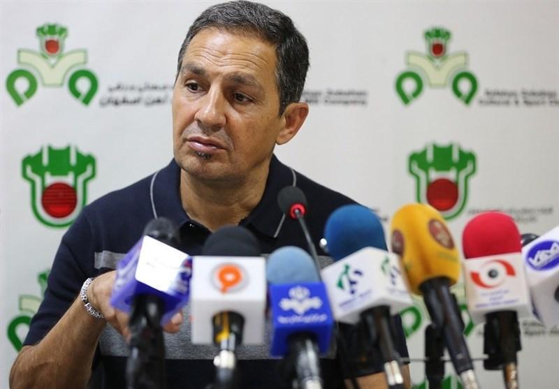 تبریز، امید نمازی: کی روش معتقد است که بازیکنان در لیگ آماده نمی شوند، هرچه از مسلمان خواستیم به آن عمل نموده و از او راضی هستیم