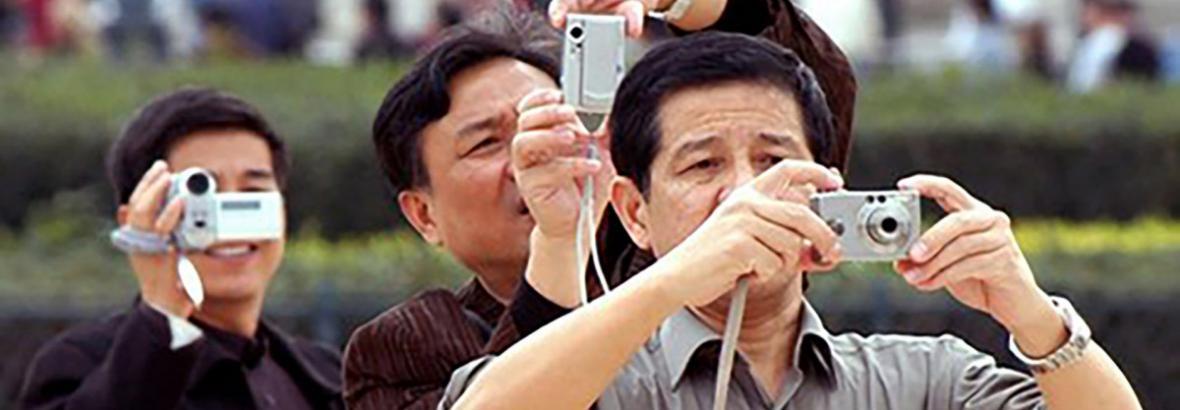 هیات دولت تصویب کرد ، لغو یکطرفه ویزا برای چینی ها