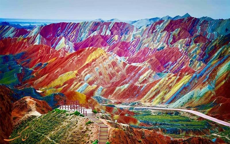 کوه های رنگین کمان چین، پالت رنگی طبیعی!