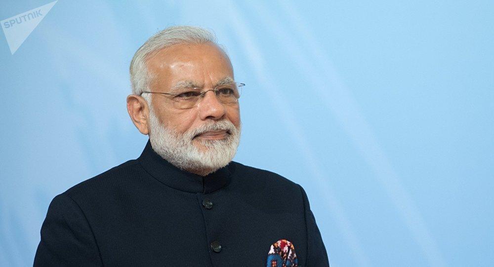 نخست وزیر هند با عبور از آسمان پاکستان به فرانسه سفر کرد