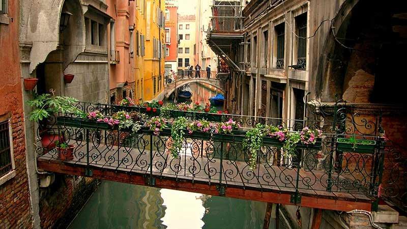 در سفر به ایتالیا حواستان به زمان باشد!