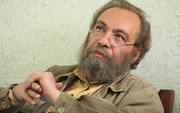 فراستی: خانه پدری تنها فیلم ایرانی است که با توقیفش موافقم