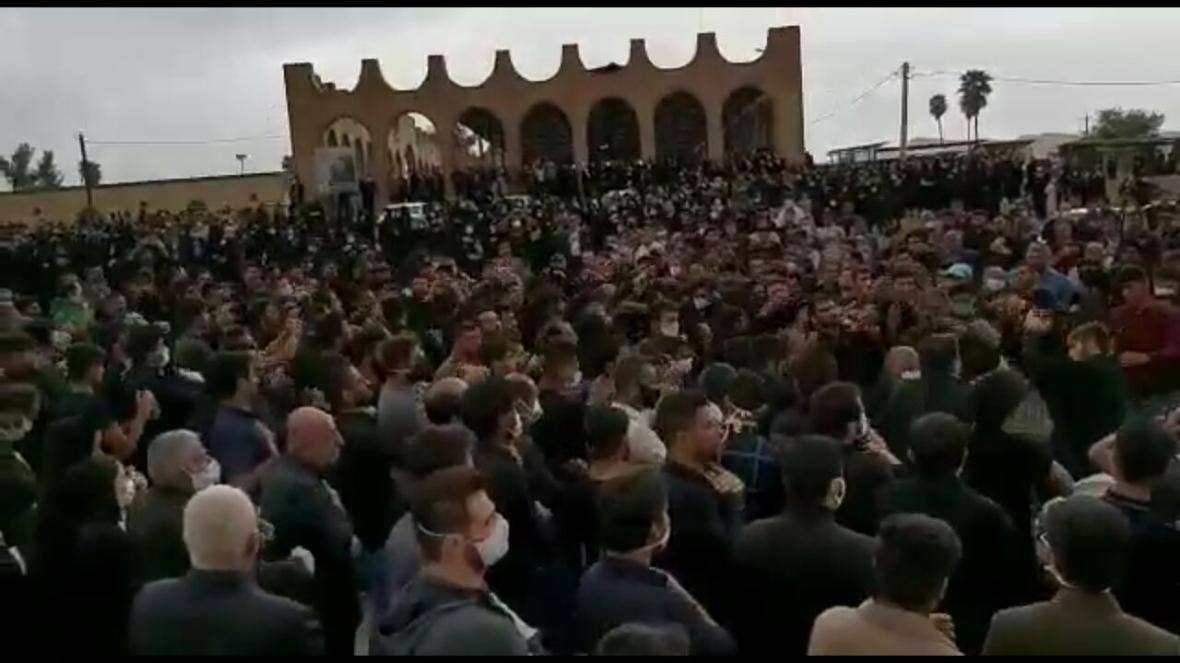 خبرنگاران معرفی 2 نفر به دستگاه قضایی در پی برگزاری مراسم ترحیم در شهرستان باغملک