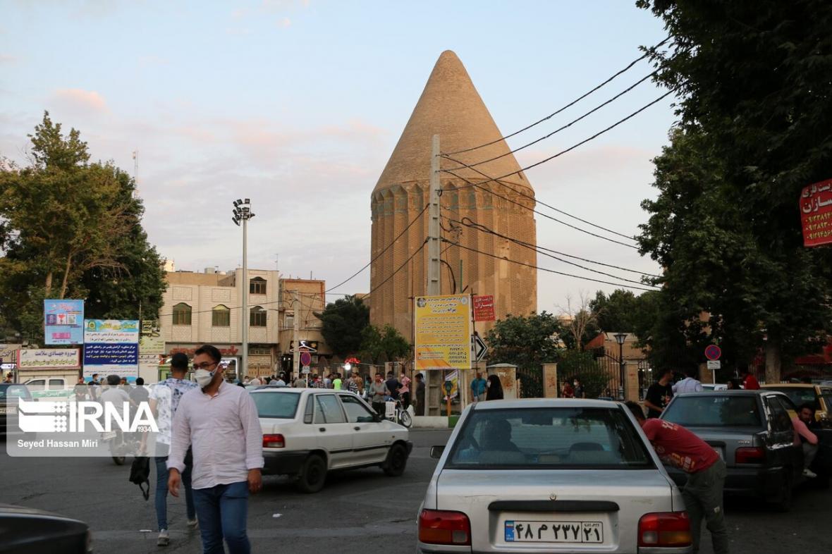 خبرنگاران فرماندار ورامین: حریم آثار تاریخی ورامین آزاد و بازسازی می گردد