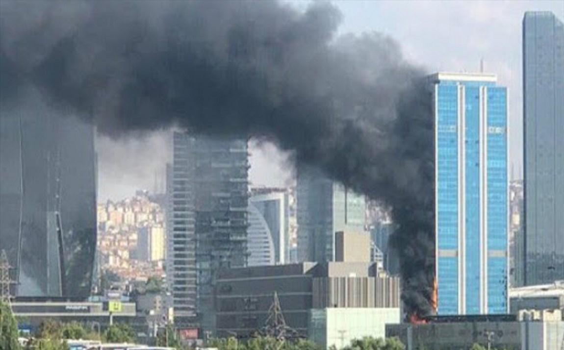 آتش سوزی مهیب در یک مجتمع تجاری در آنکارا