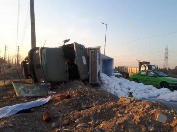 مرگ راننده کامیون بزرگراه آزادگان را به هم ریخت