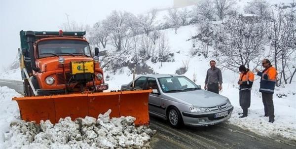 برف و کولاک در جاده ها؛ از سفر غیرضروری بپرهیزند