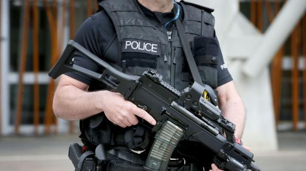 خبرنگاران دستگیری عنصر وابسته به داعش در فرودگاه هیترو لندن