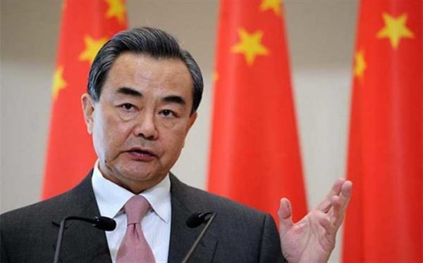 نخستین ملاقات وزیر خارجه چین در تهران با علی لاریجانی
