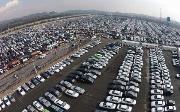 عوامل چهارگانه موثر بر بازار خودرو در نیمه اردیبهشت
