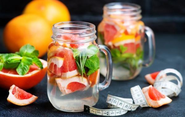 21 نوشیدنی معجزه آسا برای کاهش وزن سریع و بی دردسر