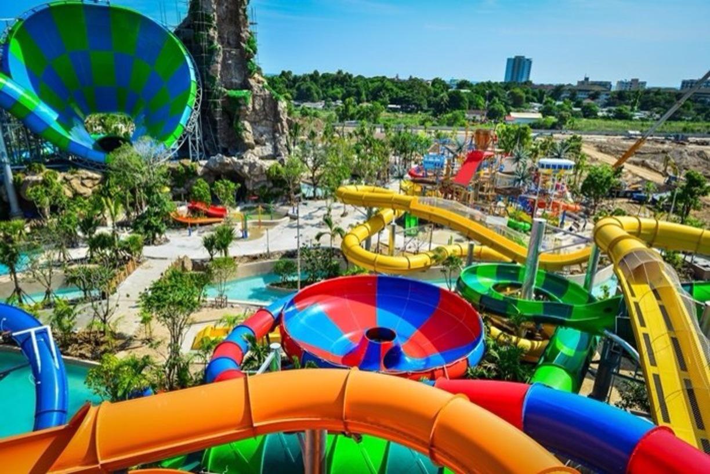تفریح در پارک آبی مونتین پاتایا